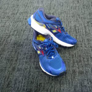 Running Shoes - Brooks Ravenna 6 - Blue